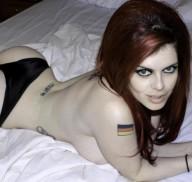 Intervista con Iza Vampira CAM4: Porno estremo al 100%