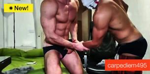 carpediem495 – Due etero muscolosi al tuo servizio su CAM4!