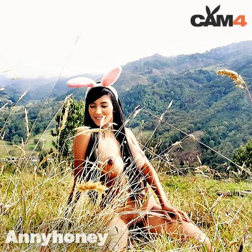annyhoney - coniglietta sexy nuda