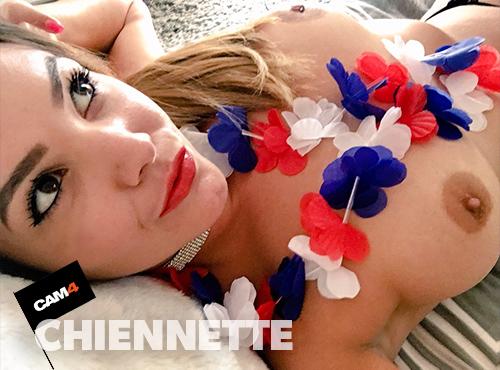 CHIENNETTE CAM4