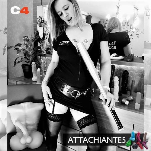 attachiante5